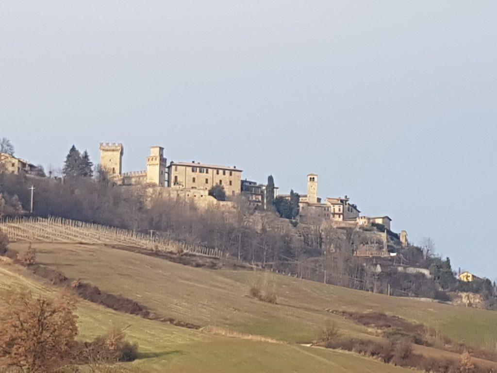 Panorama Vigoleno invernale