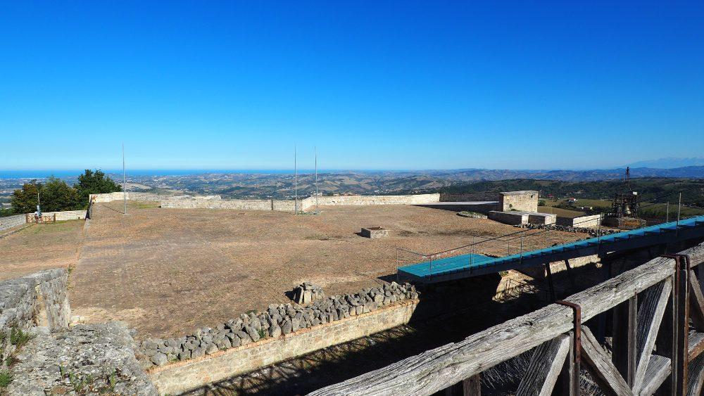 Abruzzo borghi da visitare in camper La Fortezza Civitella del Tronto