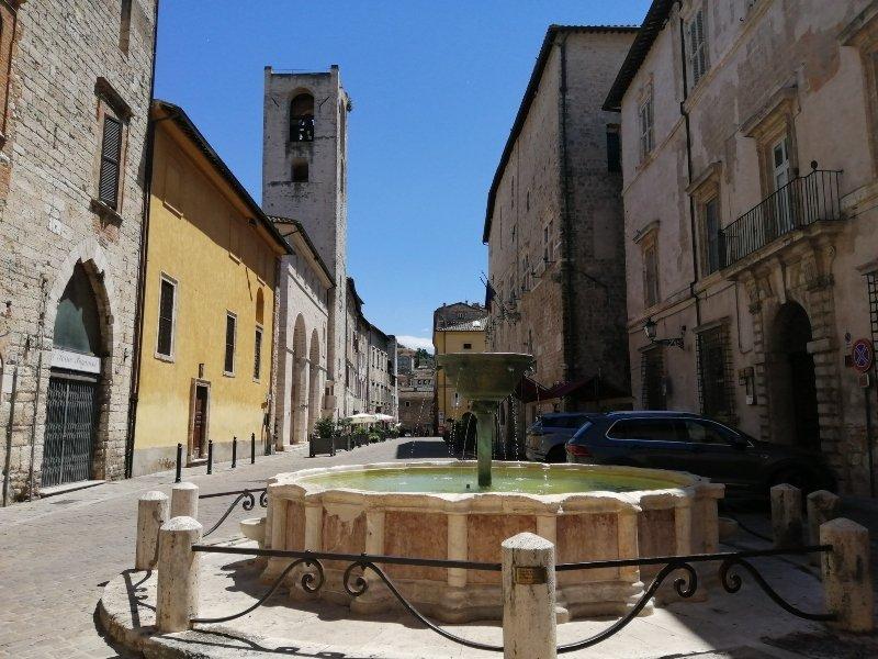 Narni e la Piazza dei Priori