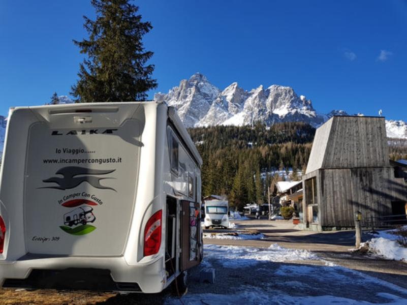 sciare in camper presso il campeggio
