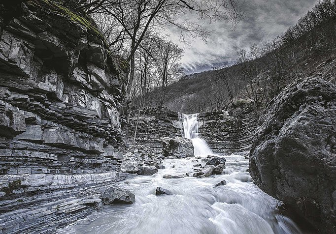 cascate del Perino in camper