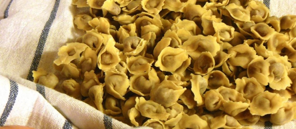 5 piatti tipici di reggio emilia cappelletti