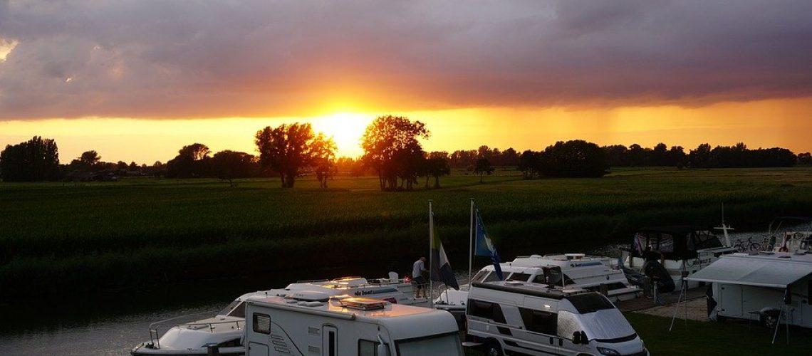 Area sosta camper e Houseboat