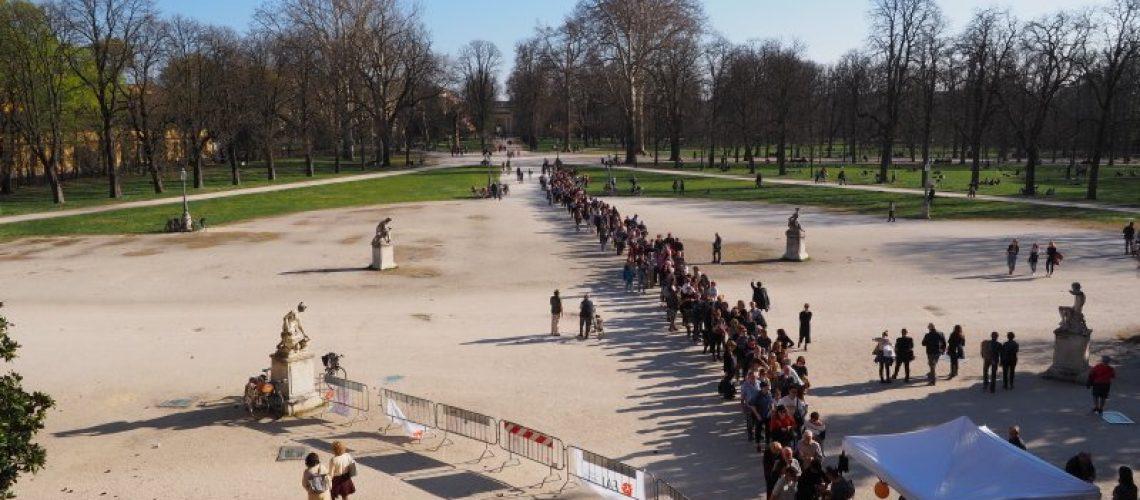 La fila per accedere al Palazzo Ducale di Parma