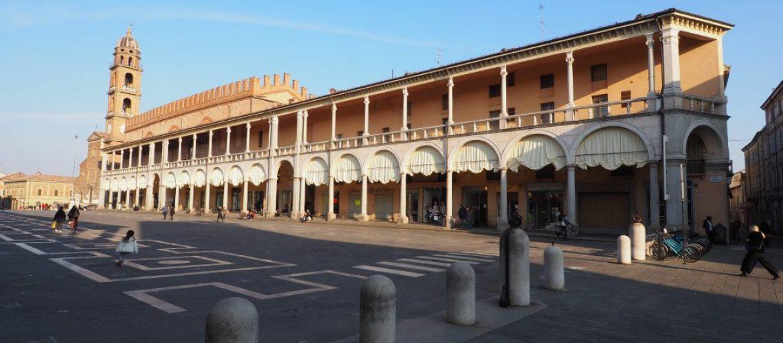Piazza Libertà Piazza Nenni Faenza