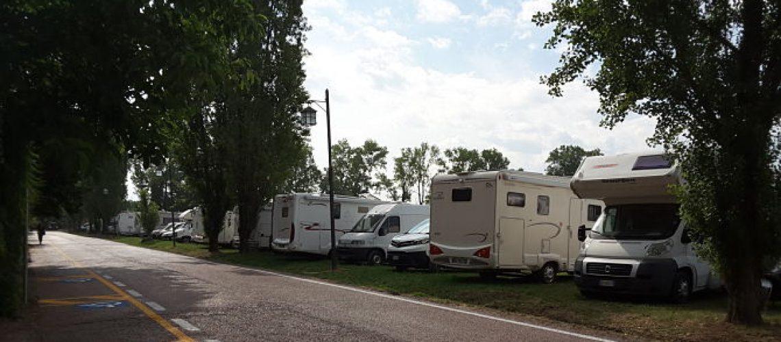 area-sosta-camper-grazzano-visconti