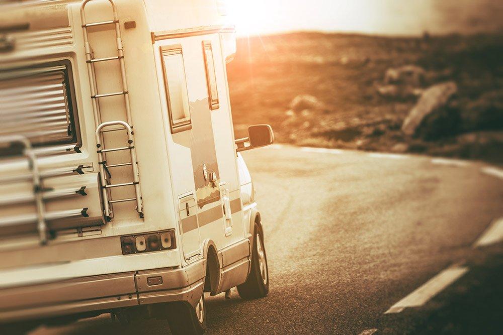 oggetti-che-non-devono-mancare-in-camper-viaggio