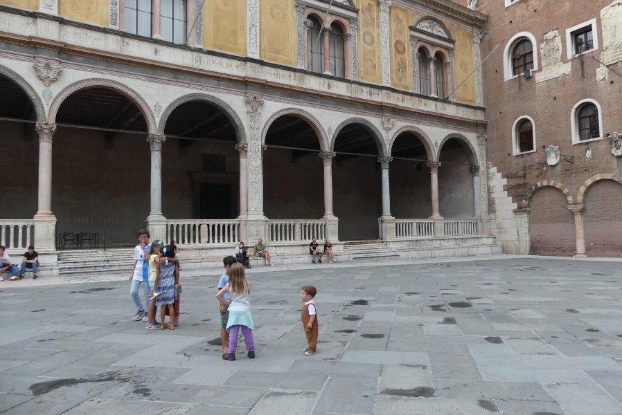 Bambini al castello traveling children
